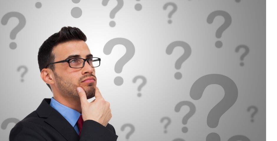 declaracao-imposto-de-renda declaracao complete e simplificado homem está na dúvida de qual escolher