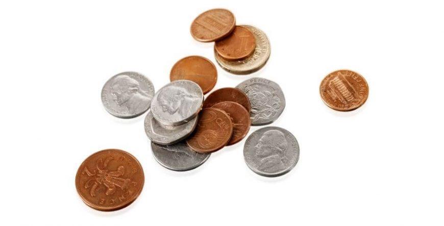 décimo-terceiro-salário várias moedas